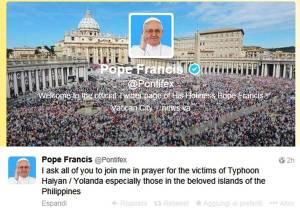 Tweet del Papa per i filippini colpiti dal tifone
