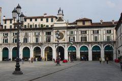 Stefano_03_Brescia_piazza_della_Loggia