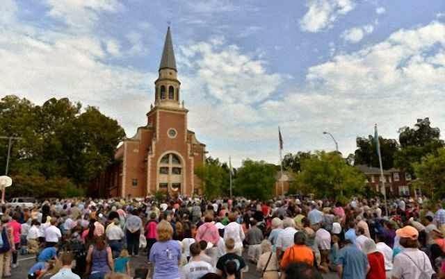 M01 - Ora santa di riparazione alla chiesa di San Francesco d'Assisi a Oklahoma City, USA